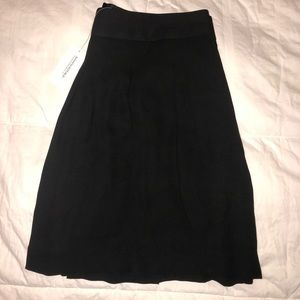 Banana Republic Skirts - NWT! Banana Republic Pleated Black Skirt, Size 10